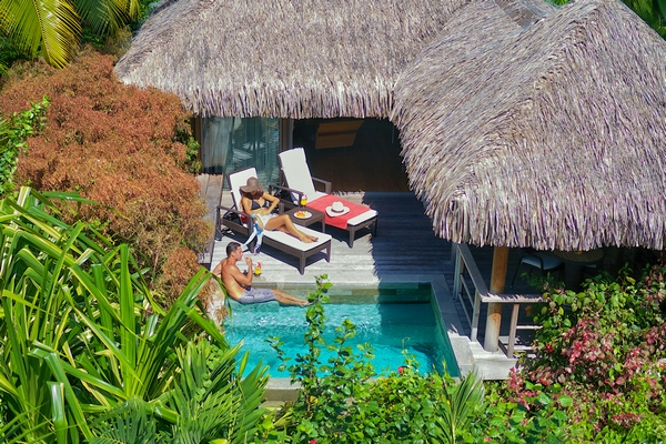 Trans pacific holidays in the south pacific french for Garden pool bungalow intercontinental moorea